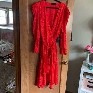 NWT Puffed sleeve wrap dress